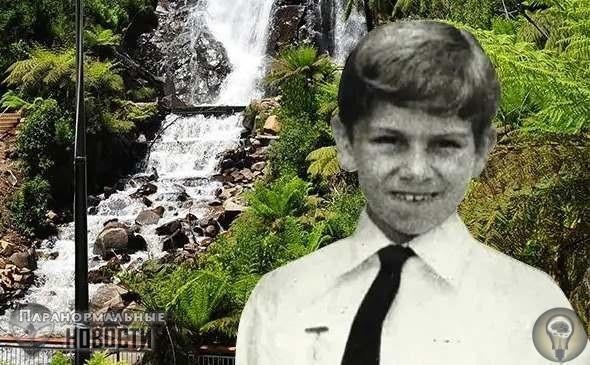 Таинственное исчезновение Дэмиена Маккензи Исчезновение 10-летнего мальчика Дэмиена Маккензи является пожалуй одним из самых странных случаев бесследных пропаж детей за последние 50 лет. Это
