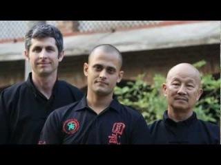 Приезд гранд-мастера по кунг фу Генри Сью (первый справа) в гурукулу 31.12.2012. Tong Long Kung Fu Monks of India (стиль богомола).