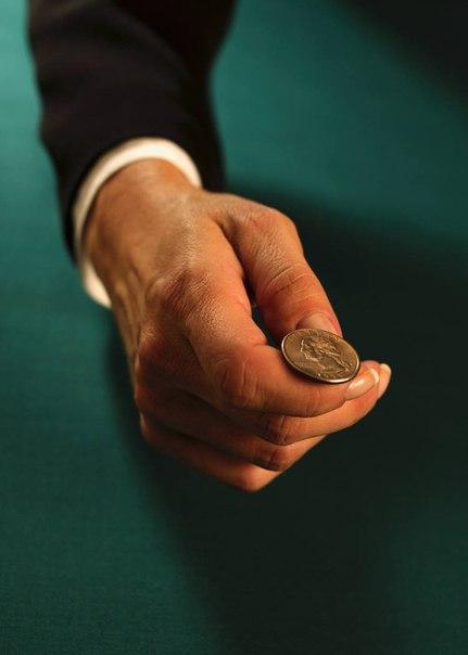 Когда стоишь перед выбором, просто подбрось монетку. Это не даст верного ответа,...
