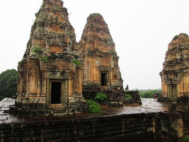 Наш загадочный Ангкор D7g9FHv4CK4