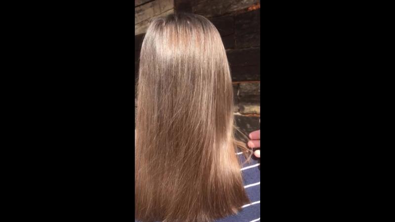 Кератиновое восстановление,состав смыт и волосы высушены феном без расчески