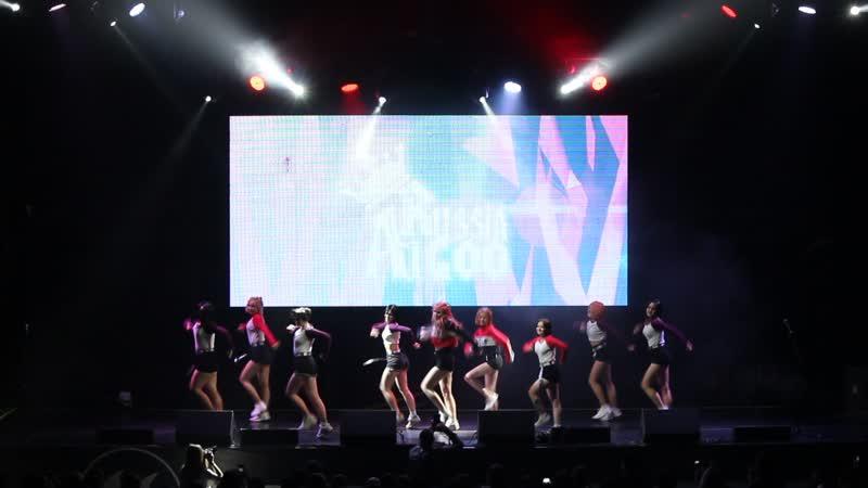 GolDream - Momoland - Baam - Autumn IdolCon 2018