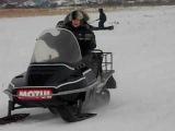 Снегоход РЫСЬ с четырехтактным двигателем.AVI