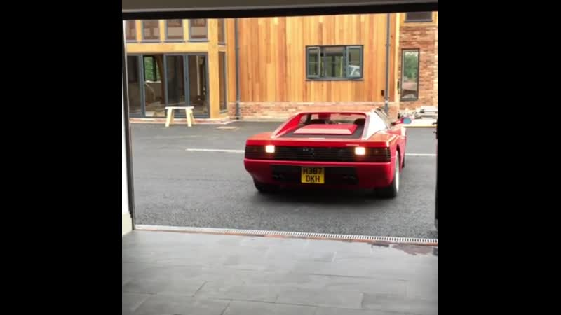 Testarossa Thursday