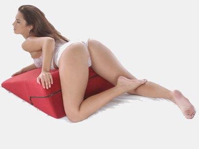Позы для секса с подушкой