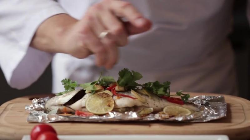 Дорада, запеченная в фольге с овощами _ рецепт рыбы Дорада запеченной в духовке
