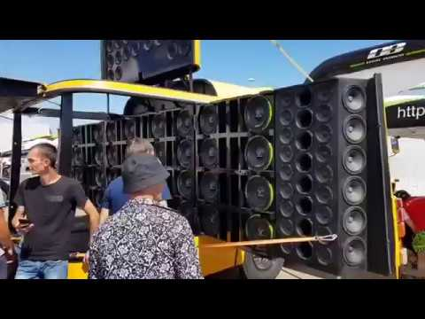 Самый громкий школьный автобус в мире ALPHARD fest ПАРКОВКА