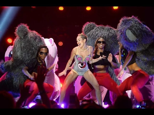 Miley Cyrus Performance icônica VMA 2013