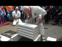 Tameshiwari demonstration Kyokushin karate EVERY WEEK ANOTHER TRANSLATION, this month: English.