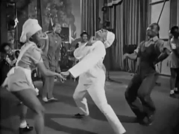 Hellzapoppin (1941) - Whiteys Lindy Hoppers w Dancers Names - Harlem Congaroos coub
