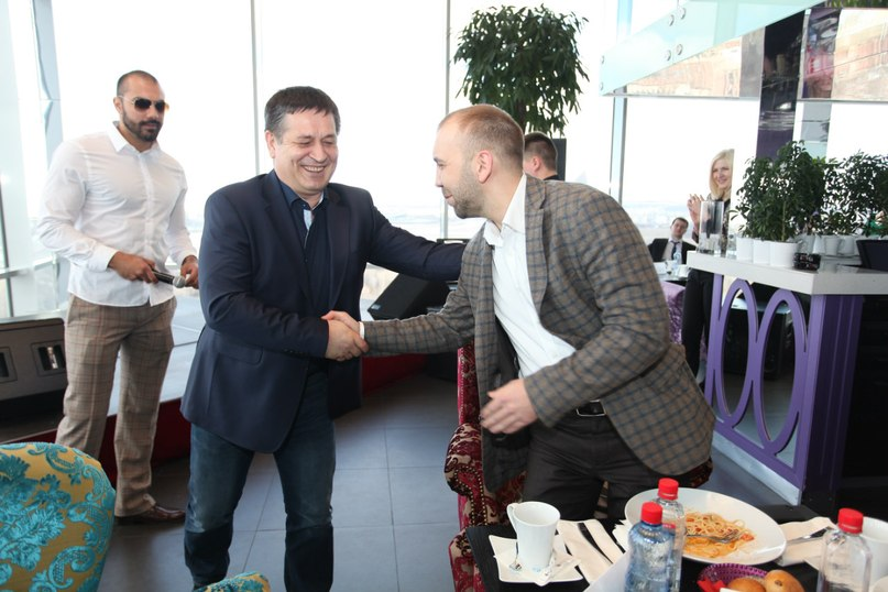 Бизнес-обед прошел сегодня в ресторане Extra Lounge в Казани