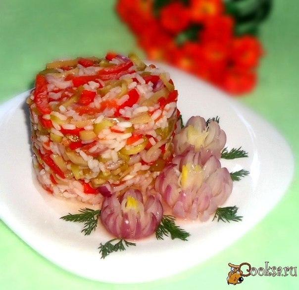 Очень простой в приготовлении и вкусный салат без добавления масла.