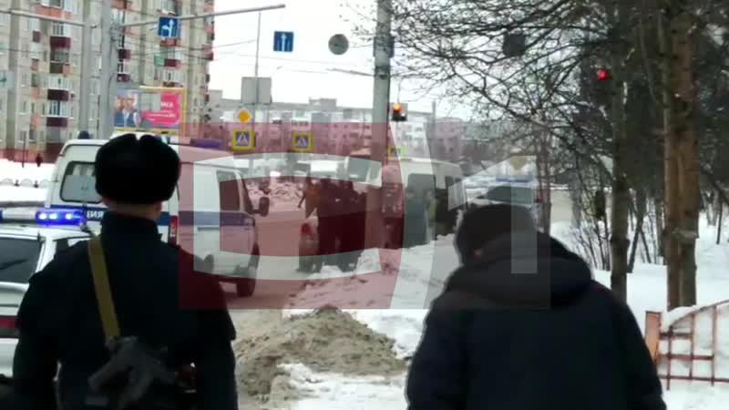 В центре Сургута проходит спецоперация силовиков