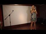 Олеся Кондратова на концерте Дениса Лаврина с песней