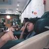 """L 디아크 on Instagram: """"우림이 머리넘기는거 진짜 오바다 .. .. 그렁 눈으로 보면 나 ㄹㅇ 심장 멎는둥 ,,^. 우림이랑 갘이 찜질방간 슈퍼비 왕부럽다 ㅋ 우림이가 앉이잇는 안마의자도 부럽다 우림이가 들고 잇는 핸드폰도 시계도 수건도 왕"""
