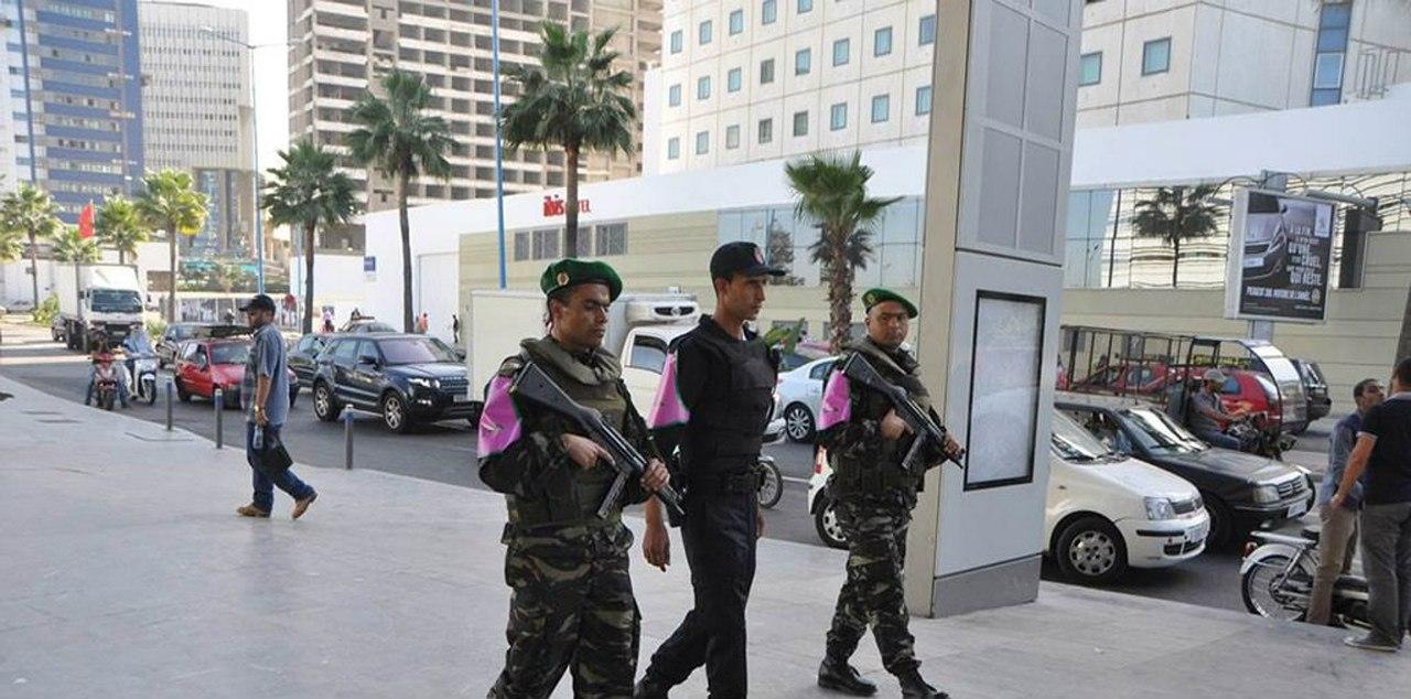 Photos de nos soldats et des Bases Marocaines - Page 2 81Rmgpg1n6Y