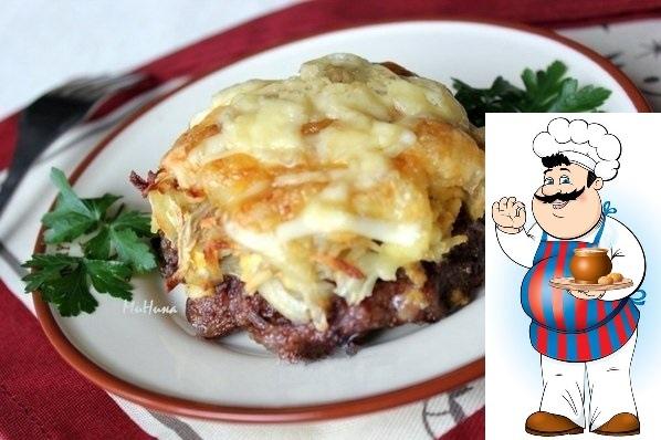 стожки: быстрый ужин ингредиенты: - фарш мясной - 0,5 кг; - яйца крутые - 3 штуки; - лук репчатый - 2 головки; - картофель - 2 штуки; - сыр - 100 г; - молотые перцы по вкусу, - домашний майонез