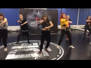 Dancehall Female Routine by Olga Bambitta