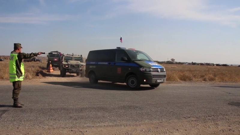 Сопровождение военной полицией гуманитарного груза на учении «Нерушимое братство