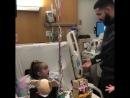 Drake навестил свою юную фанатку которой предстоит операция