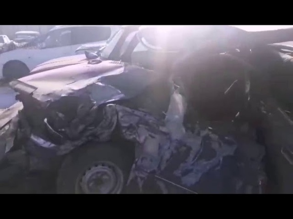 Искорёженные автомобили после ДТП в Бурятии