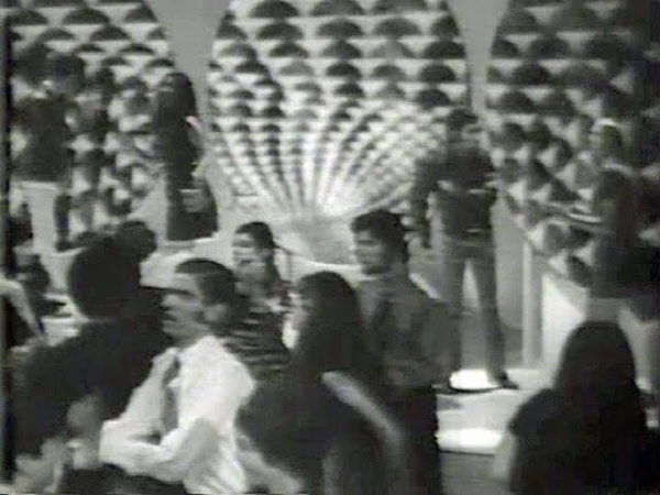American Bandstand 1969 Friendship Train Gladys Knight the Pips