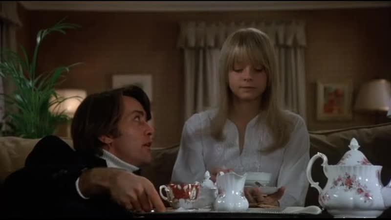 Devotshka.iz.pereulka.1976.DVDRip-megamozg