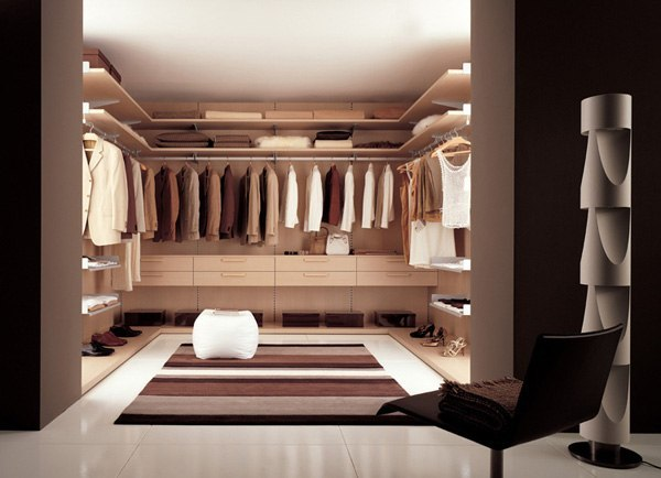 We present to your attention a selection of wardrobe rooms