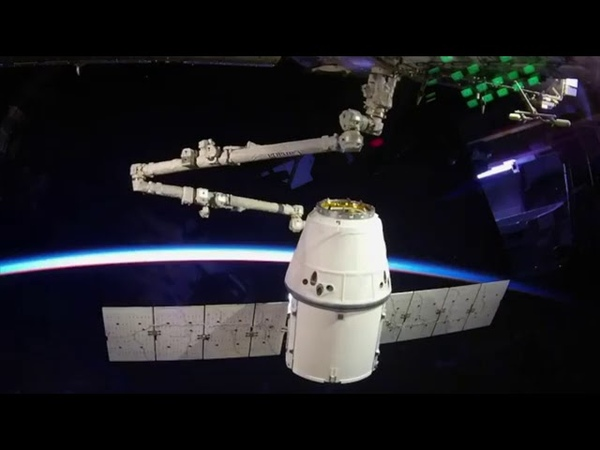 CRS-15 Dragon berthing time-lapse