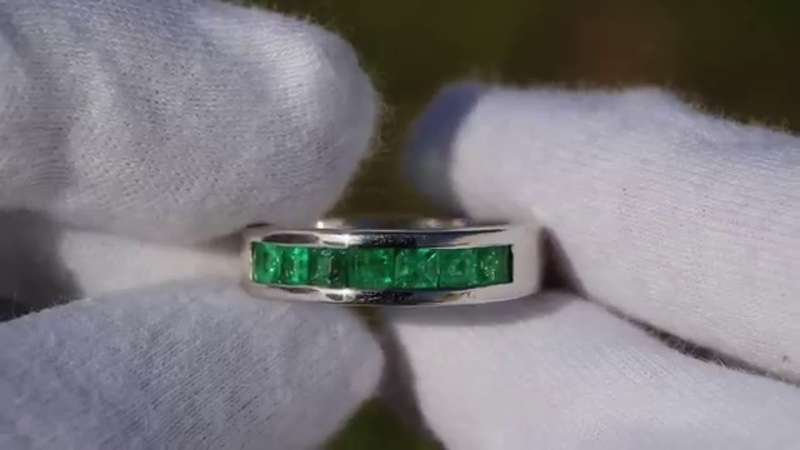 Heavy Men's Band Ring Channel Set Princess Cut Natural Emerald Gold 1.75 Tcw