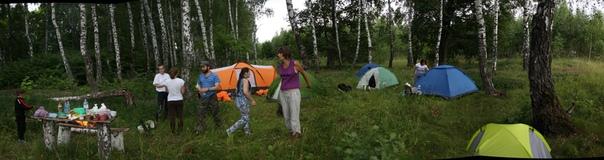 Наконец, построили лагерь. Все стали завидовать нашим с Настей хоромам. А я стал завидовать тому, что у них весь рюкзак меньше моей палатки весит.  Николай https://vk.com/id241073726 Наталья https://vk.com/id132237402 Мария https://vk.com/id5974921