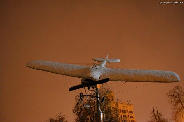 Памятник аэроплану Ньюпор Петра Нестерова