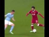 Filthy no-look pass by Salah
