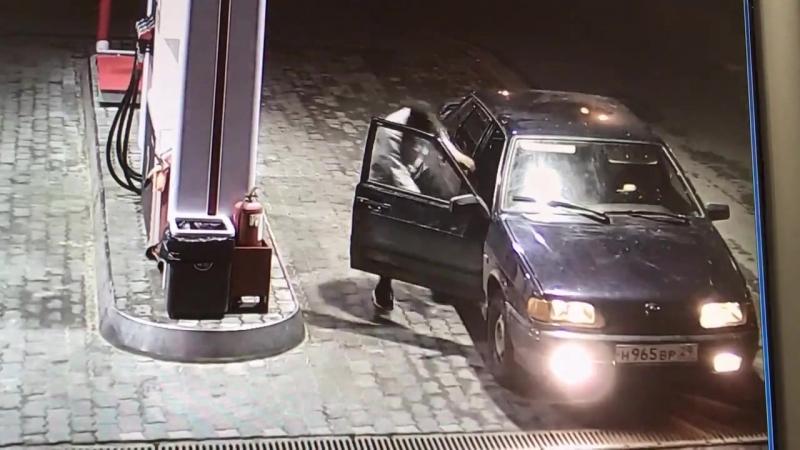 Архангельск. Залили бензин без денег и смыслись