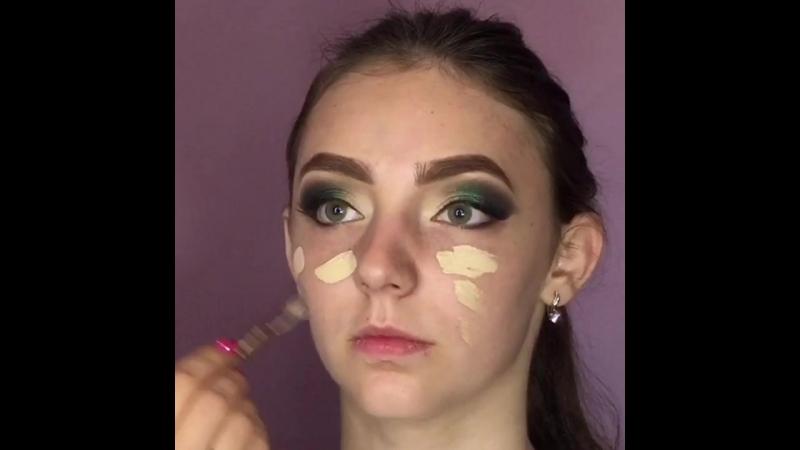 Изумрудный макияж Пяста Дарья