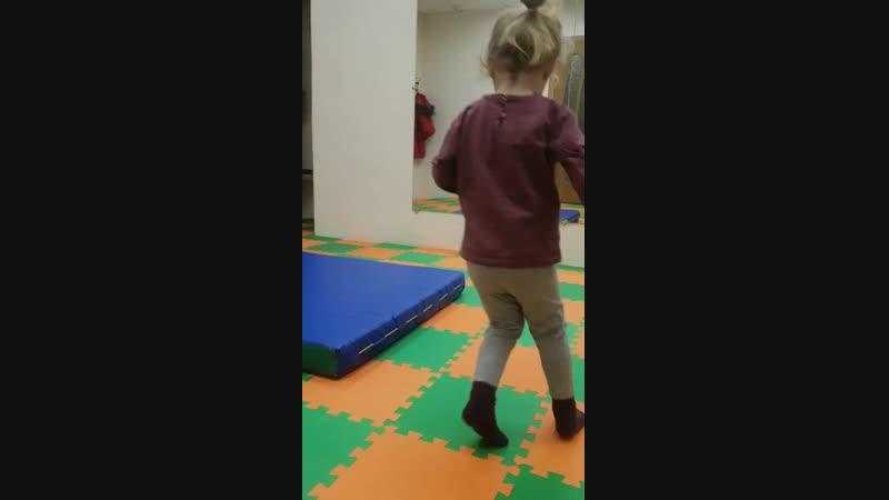 танцы 3-4 года