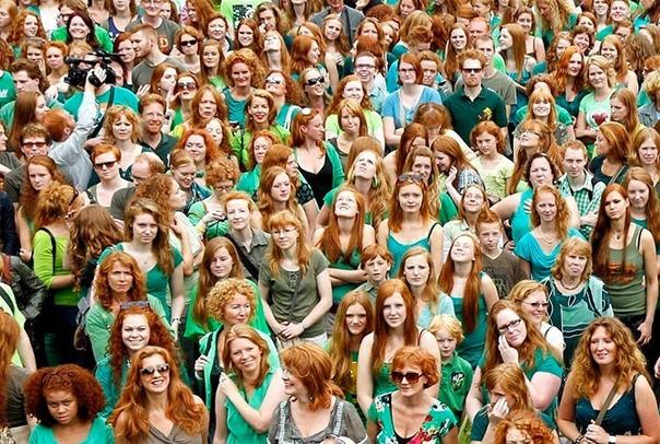 Яркий фестиваль в Ирландии.