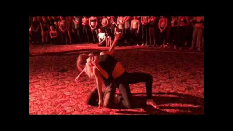 Madelyne Spang a Talia Favia - improv video