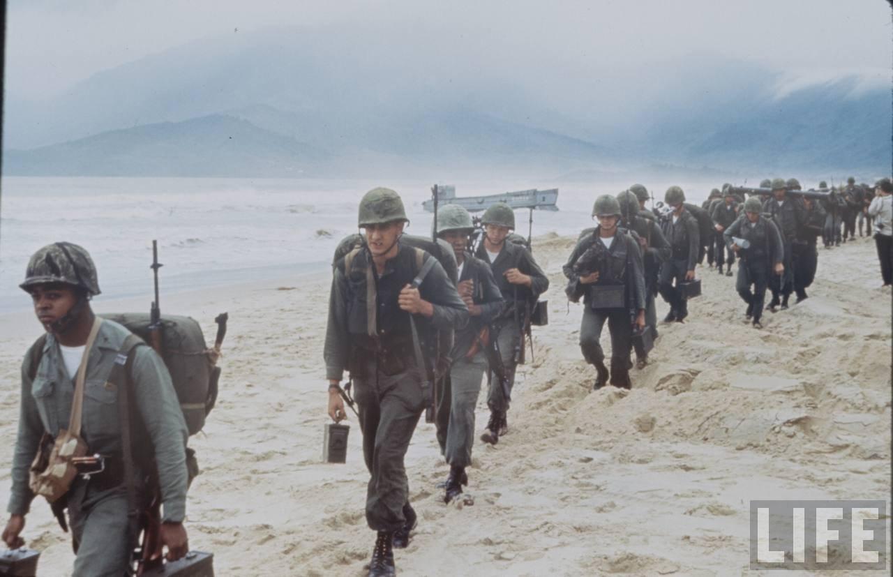 guerre du vietnam - Page 2 KGb18gbfOMY