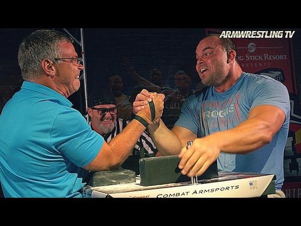 John BRZENK vs Travis BAGENT arm wrestle for 10 000$ ! » Freewka.com - Смотреть онлайн в хорощем качестве