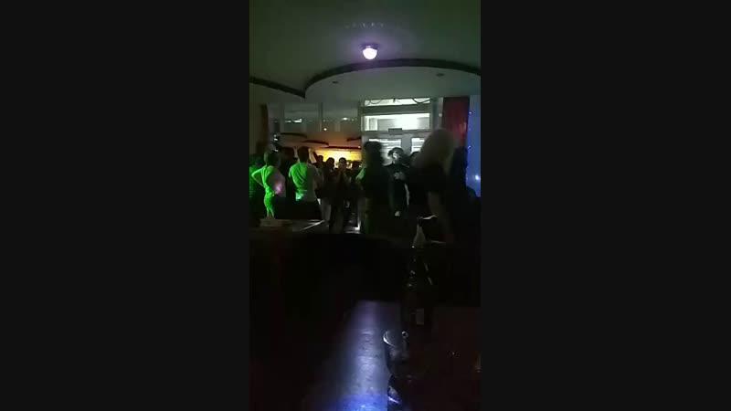 Ихтиёр Бек - Live