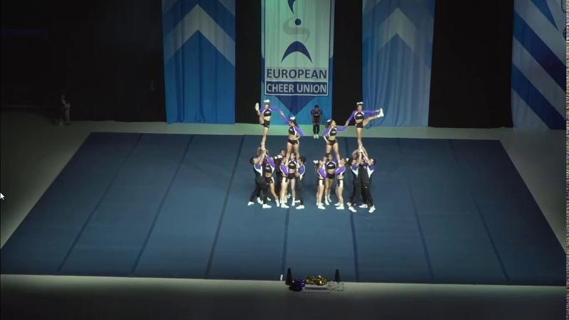 Cheerleading . Senior Cheer Coed Elite Spain Thunders Storm.