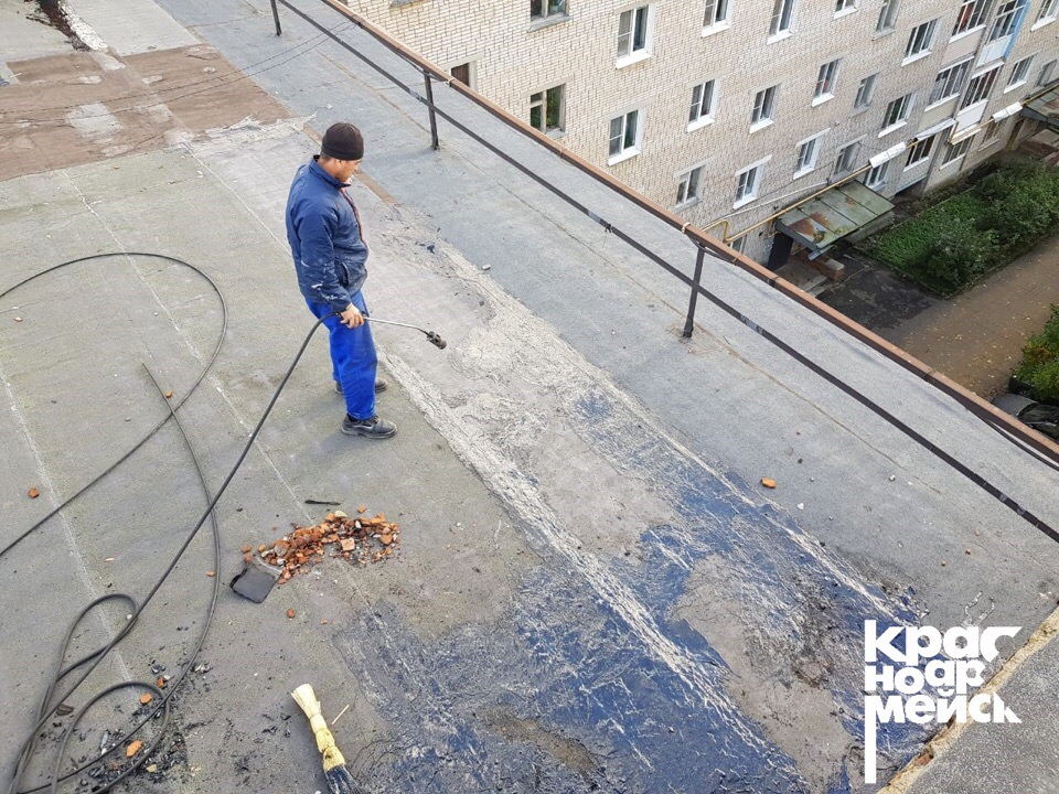 Глава Красноармейска Кирилл Тимашков оценил масштабные работы по ремонту кровель, выполненные управляющей компанией «МКД «Восток»