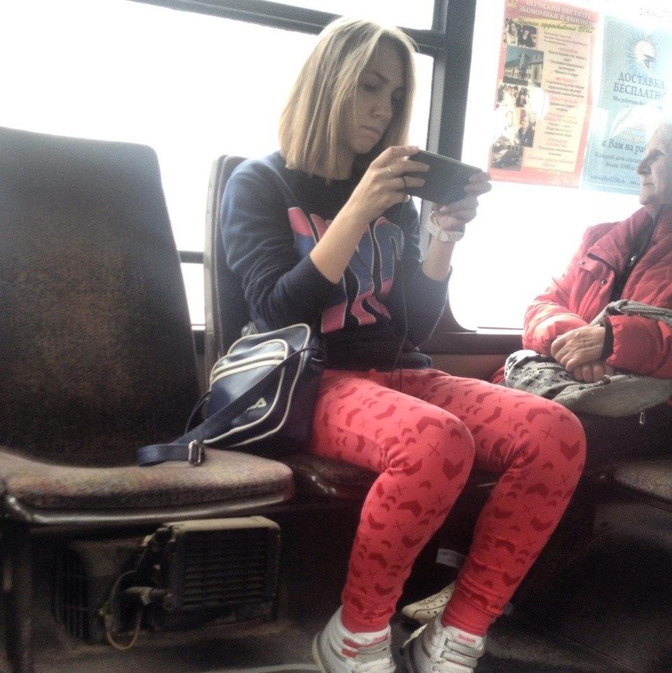 Фото девушка с парнем с короткой стрижкой брюнетка 6 фотография