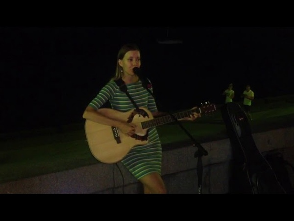 Выйду ночью в поле с конем на набережной Ялты, песни под гитару, Ольга Кощеева