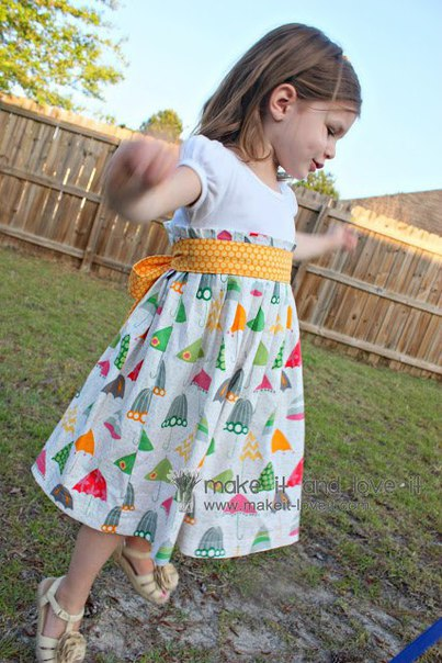 Платье для девочки. Мастер-класс (10 фото) - картинка