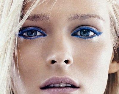 Советы по нанесению макияжа для русых волос и голубых глаз