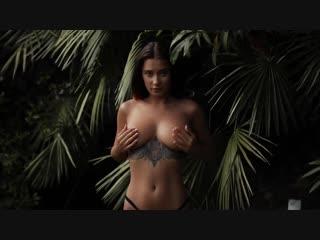 Горячая модель кристина щербинина [liya silver] эротическая съемка в джунглях)