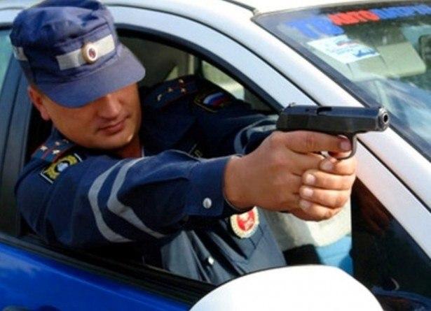 В Таганроге сотрудники ДПС гонялись за подростками, угнавшими «шестерку»