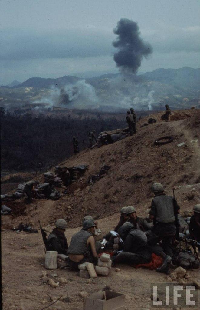 guerre du vietnam - Page 2 -vzQNWpxssA